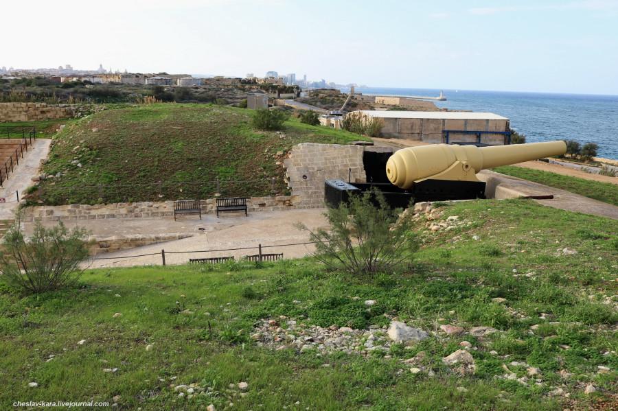 125 Fort Rinella _350.JPG