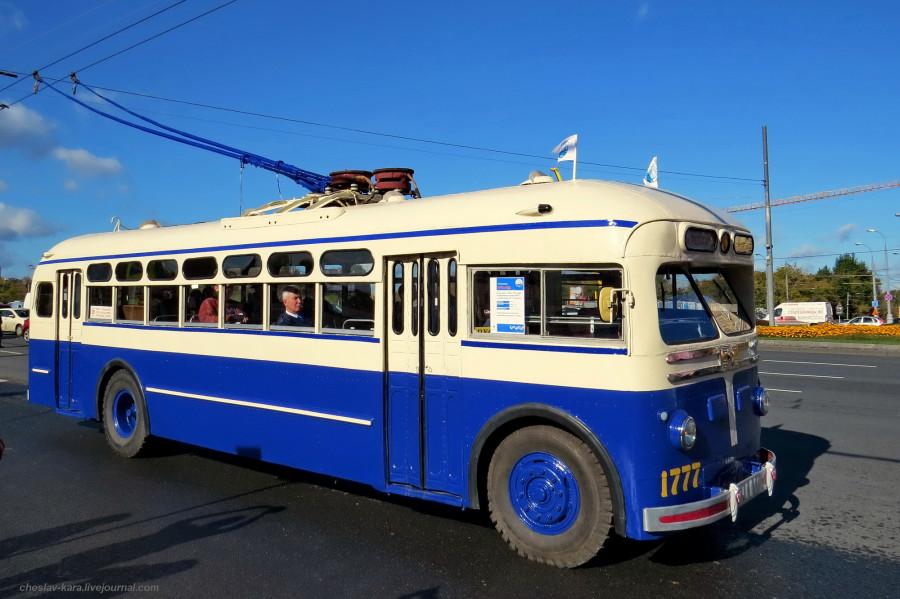 24 МТБ-82Д Ретротроллейбус _712 (МТБ-82Д 1954г).jpg