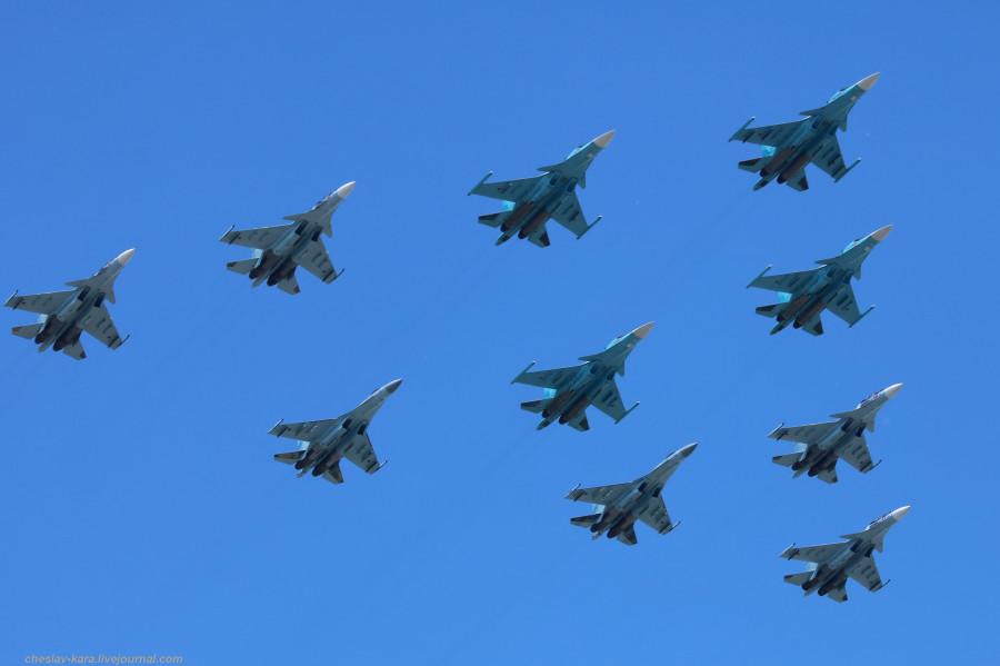 Парад Победы 2019- авиация _1200 Су-35С, Су-30СМ, Су-34.JPG