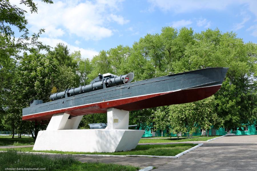 Торпедный катер пр123К и орудия Б-13 в Балтийске. Калининградская область,корабли,военное,артиллерия