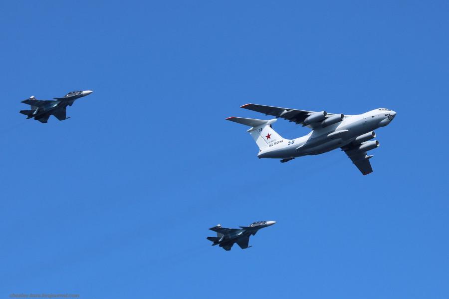 80 Ил-78, Су-30СМ (День ВМФ, Кр-дт и СПб, июль2019) _40.JPG
