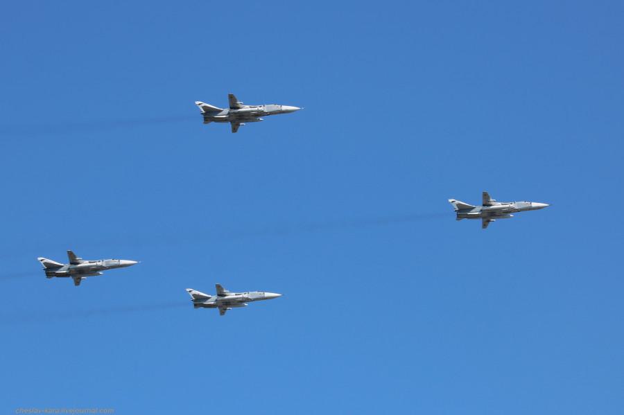 120 Су-24М (День ВМФ, Кр-дт и СПб, июль2019) _90.JPG