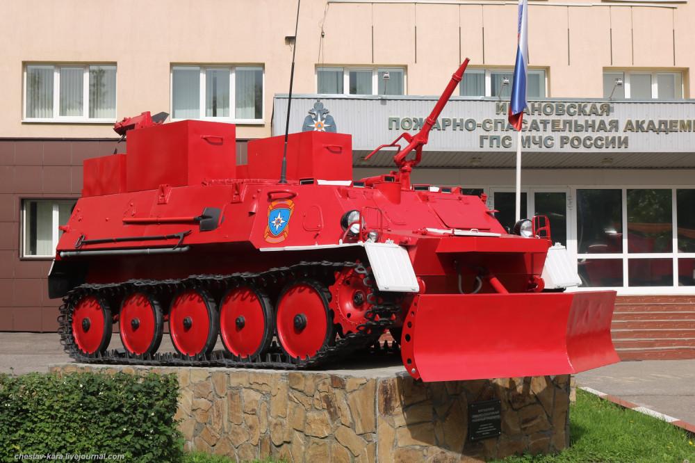 Пожарная техника в Иваново, Аллея Славы и улица Огнеборцев