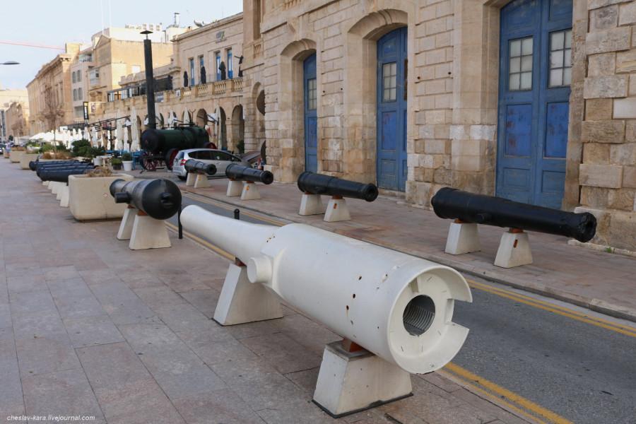 34 орудие (Мальта, Maritime Museum) _30.JPG