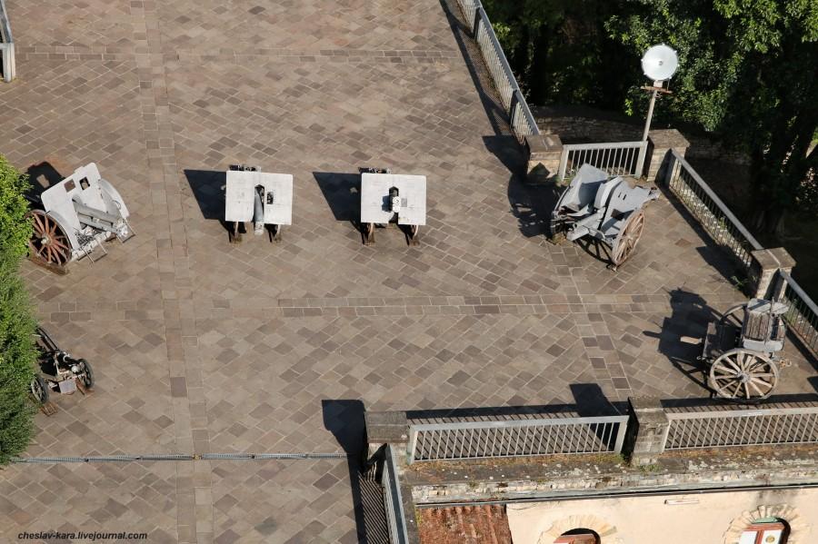 2 пушки в крепости Rocca, Бергамо _20.JPG