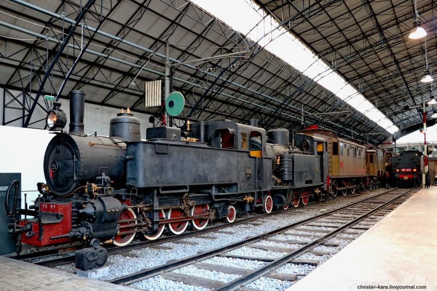 6 паровоз FS Nr P7 и R301 002 (Милан, музей техники) _10.JPG