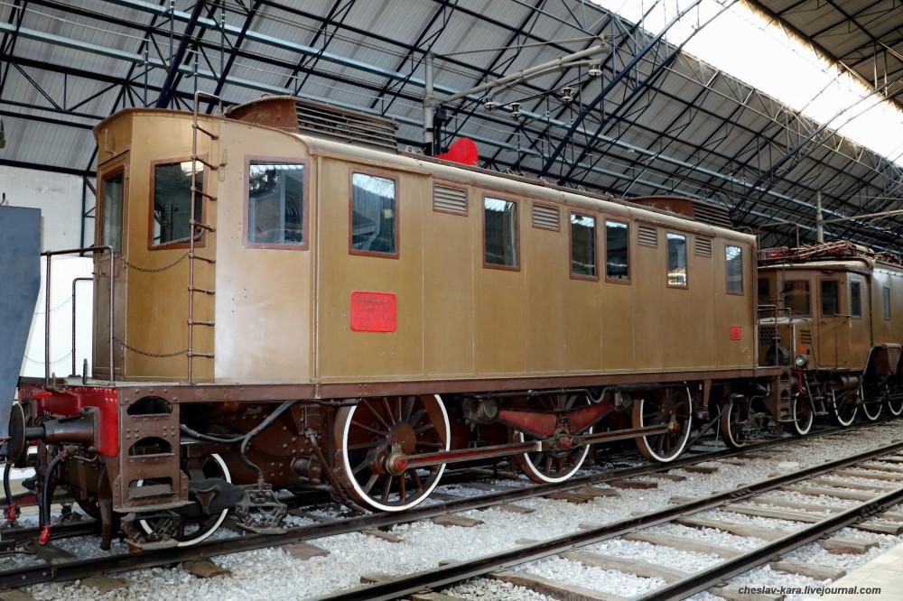 15 электровоз E321 012 (Милан, музей техники) _30.JPG