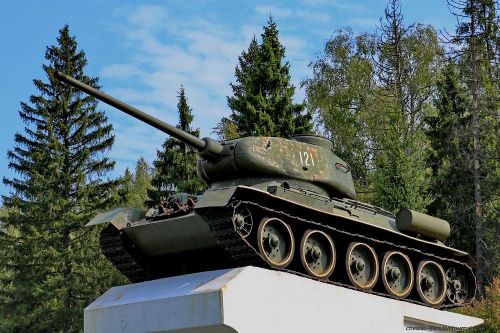 Т-34-85 (Говырино, Переславль) _130.JPG