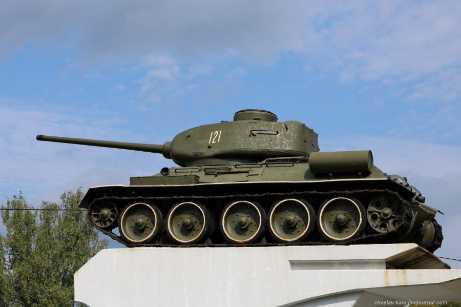 Т-34-85 (Говырино, Переславль) _180.JPG