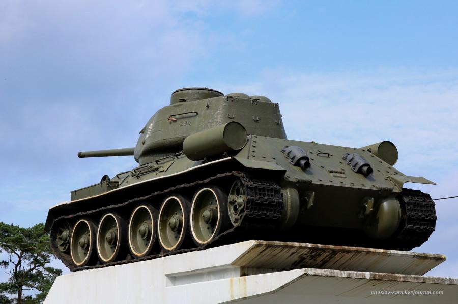 Т-34-85 (Говырино, Переславль) _190.JPG