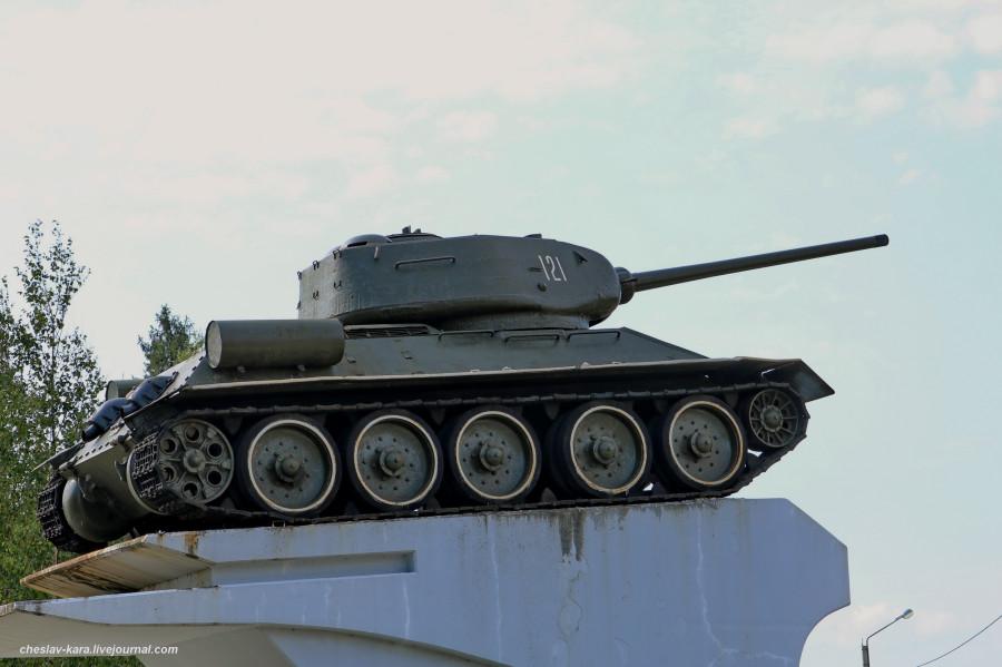 Т-34-85 (Говырино, Переславль) _220.JPG