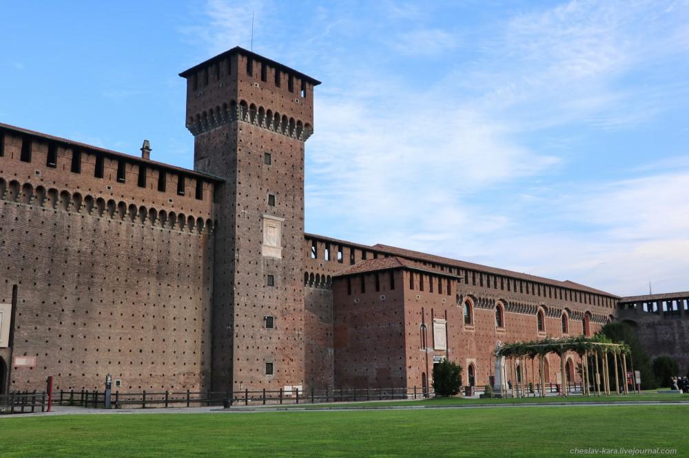 0 12 Милан, Castello Sforzesco _340.JPG