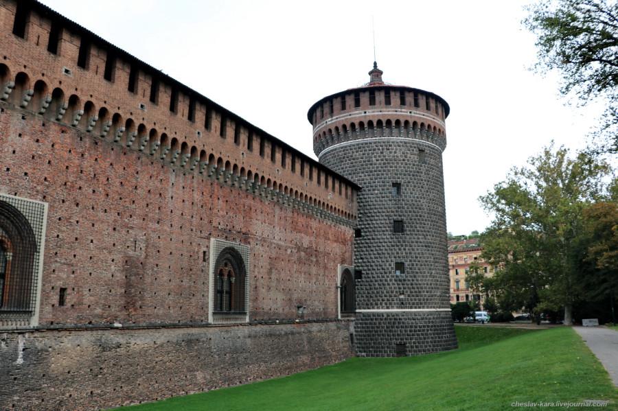 8 12 Милан, Castello Sforzesco _190.JPG