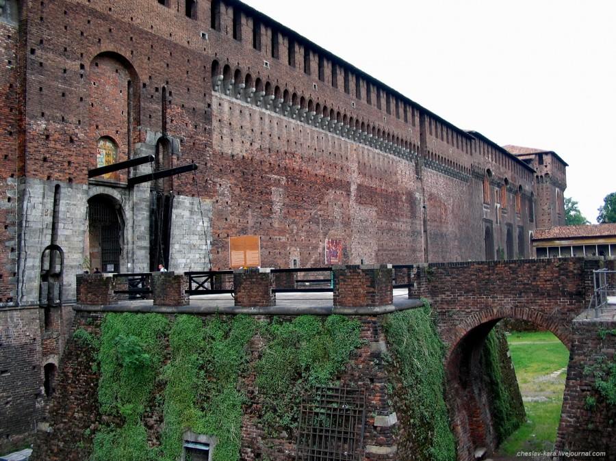 10 12 Милан, Castello Sforzesco _190 10.jpg