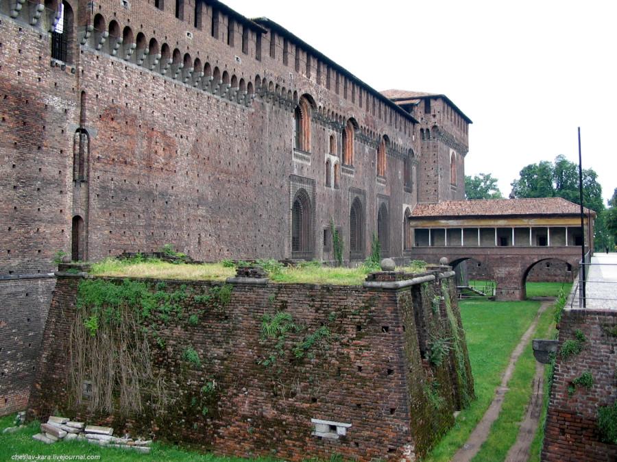 12 12 Милан, Castello Sforzesco _190 20.jpg
