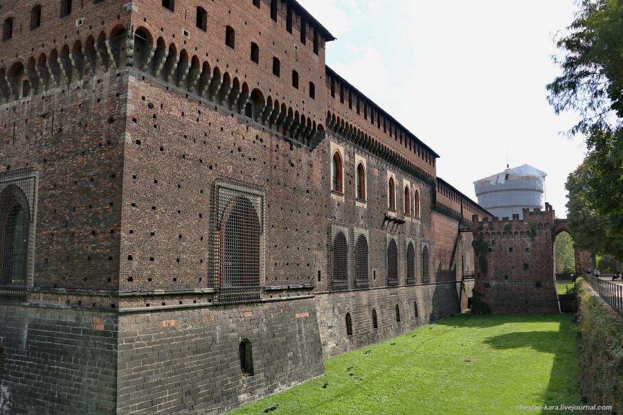 20 12 Милан, Castello Sforzesco _740.JPG