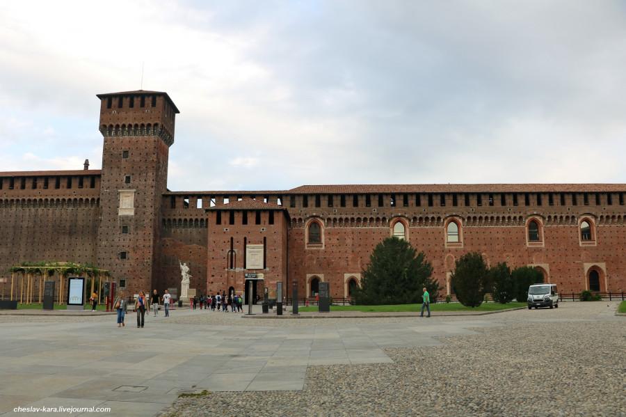 28 12 Милан, Castello Sforzesco _230.JPG