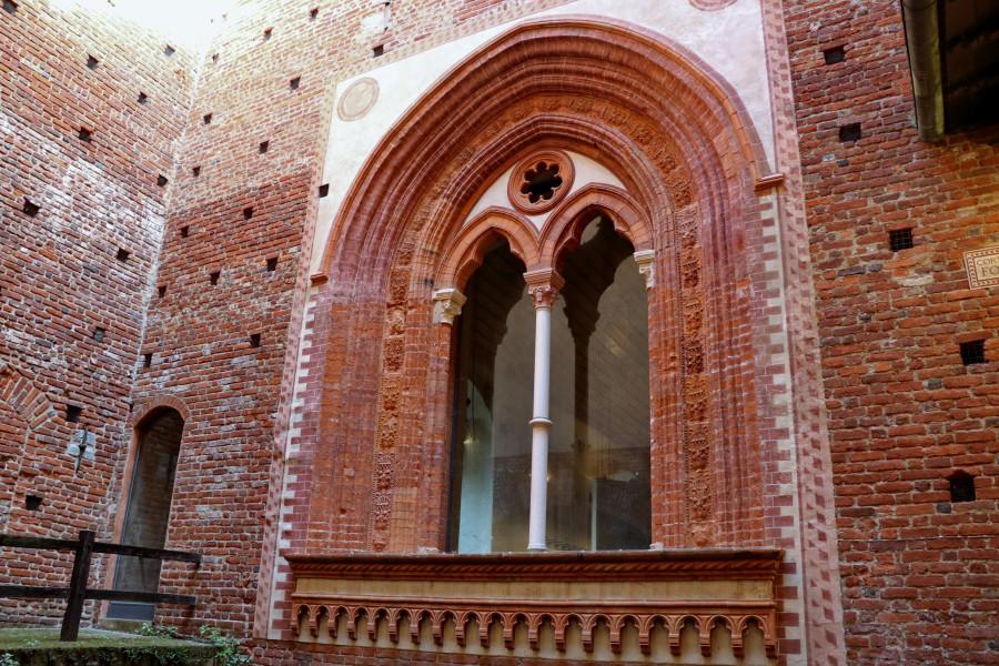 Милан, Castello Sforzesco _590.JPG