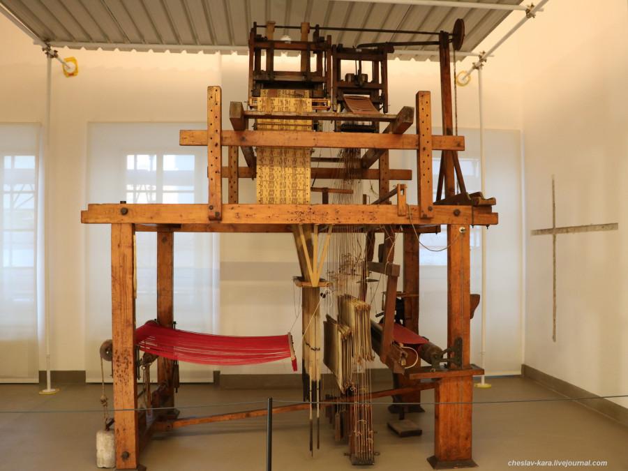 16 Милан, музей техники - станок Жаккарда _1.JPG