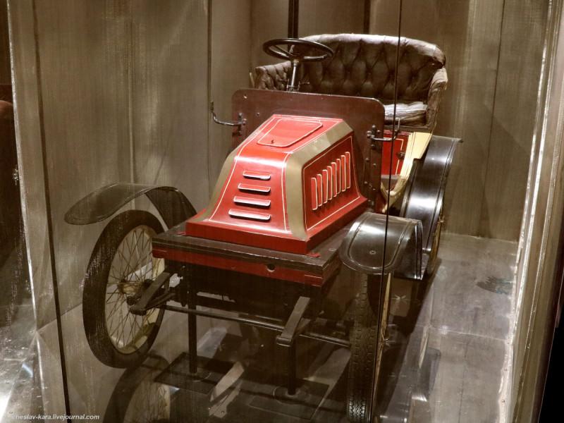 18 Bianchi 8HP, 1903г (Милан, музей техники) _1.JPG