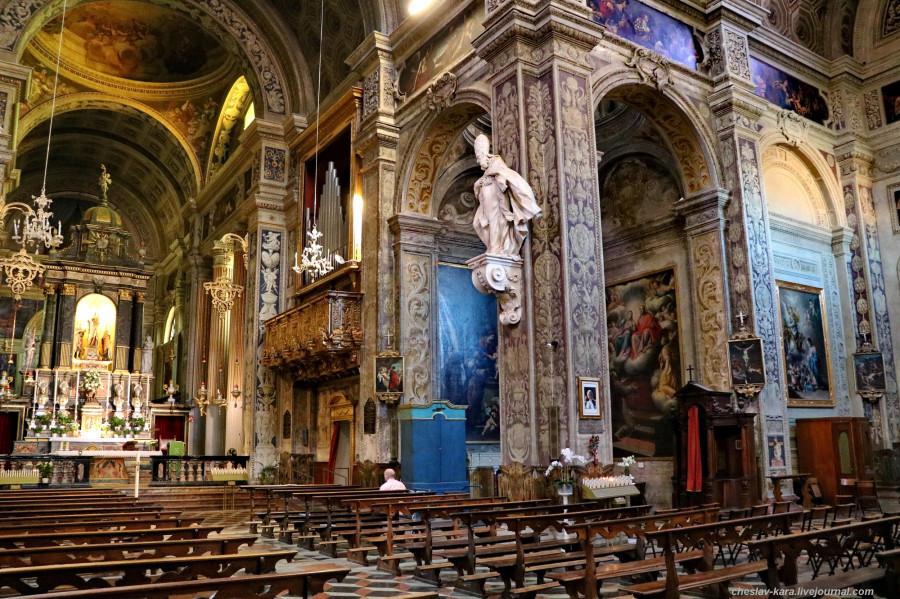 48 20 Пьяченца _1750 Basilica di Santa Maria di Campagna.JPG