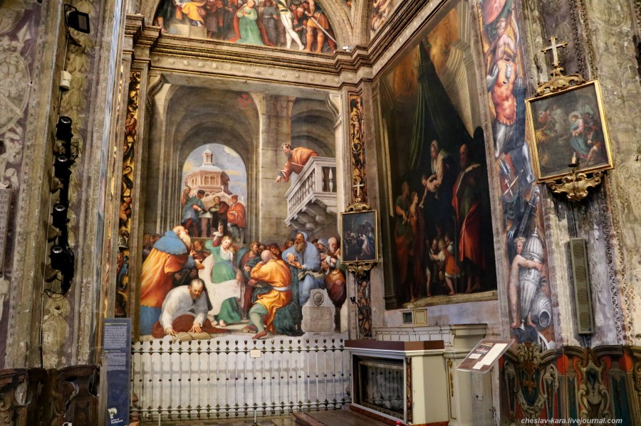 50 20 Пьяченца _1810 Basilica di Santa Maria di Campagna.JPG