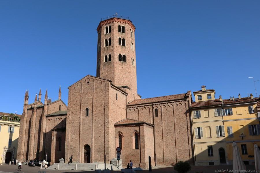 54 20 Пьяченца _1240 Basilica di Sant'Antonino.JPG