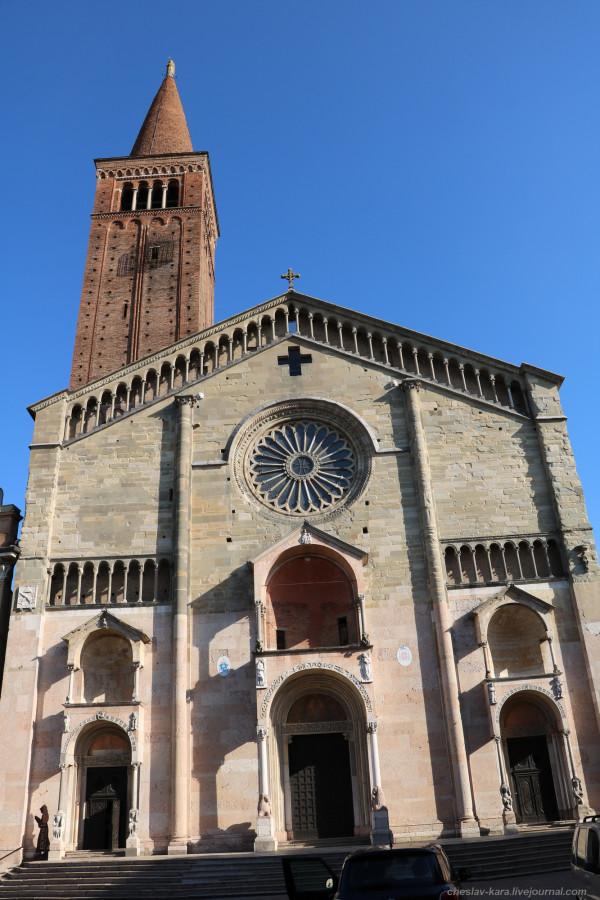 66 20 Пьяченца _1960 Duomo di Piacenza.JPG