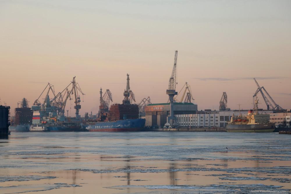 20 ледоколы на Неве, Балтийский з-д (ноя2019).JPG
