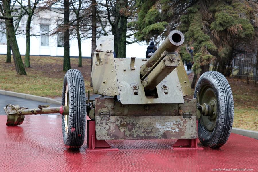 12 76 мм полковая обр1943г (муз об Мск, 2019) _50.JPG
