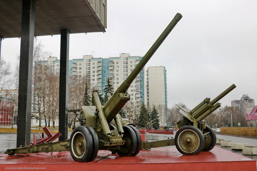 40 122 мм А-19 и М-30 (муз об Мск, 2019) _210.JPG