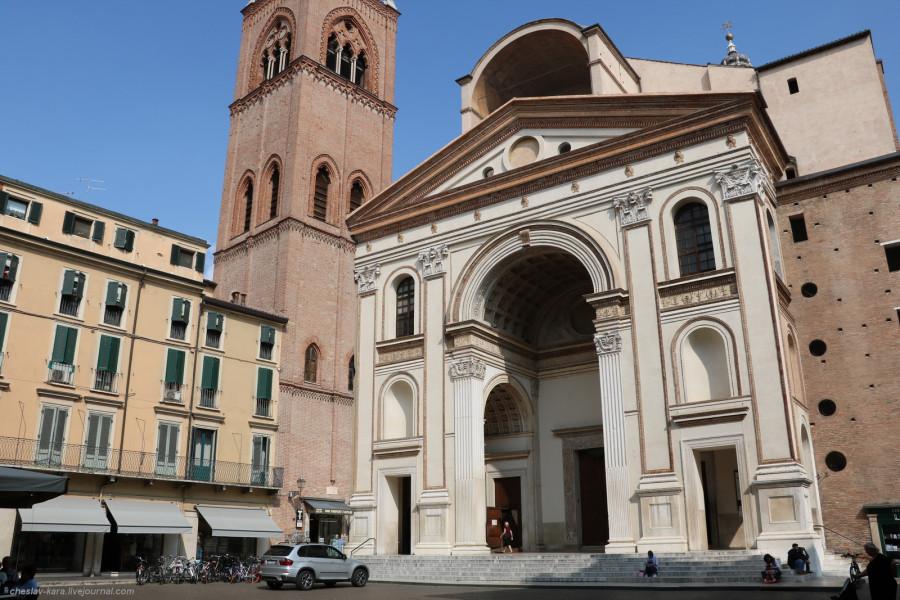12 30 Мантуя _1130 Basilica di Sant'Andrea.JPG