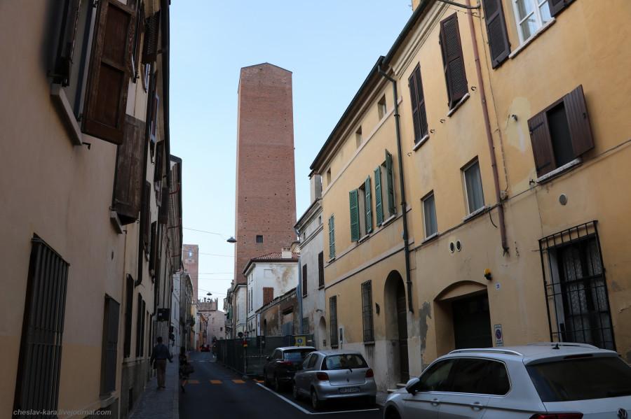68 30 Мантуя _2930 Torre degli Zuccaro.JPG