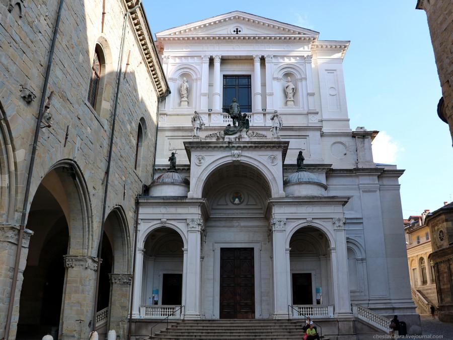 50 40 Бергамо _2440 Собор Duomo.JPG