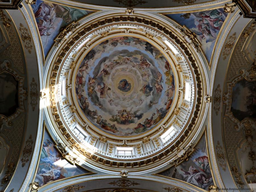 54 40 Бергамо _2510 купол Собора.JPG