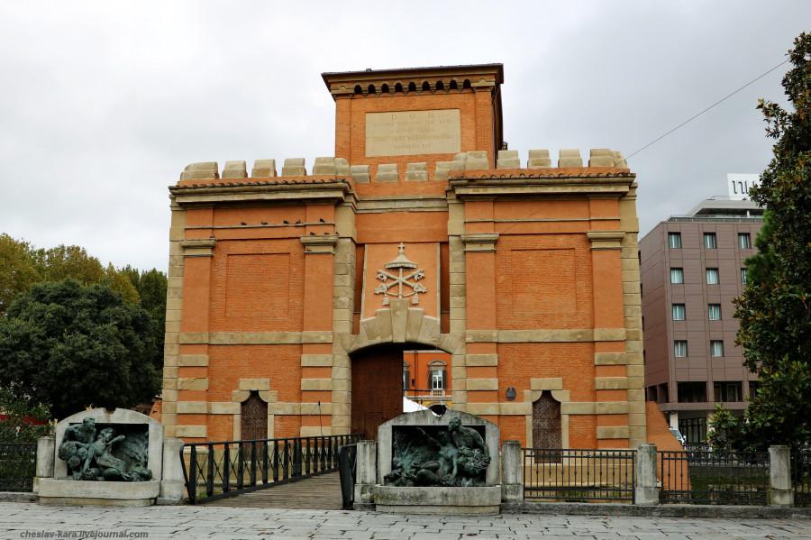 2 50 Болонья _1010 Porta Galliera.JPG