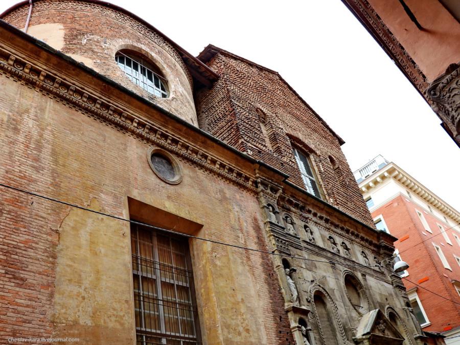 10 50 Болонья _1240 ц Madonna di Galliera e di San Filippo Neri.JPG