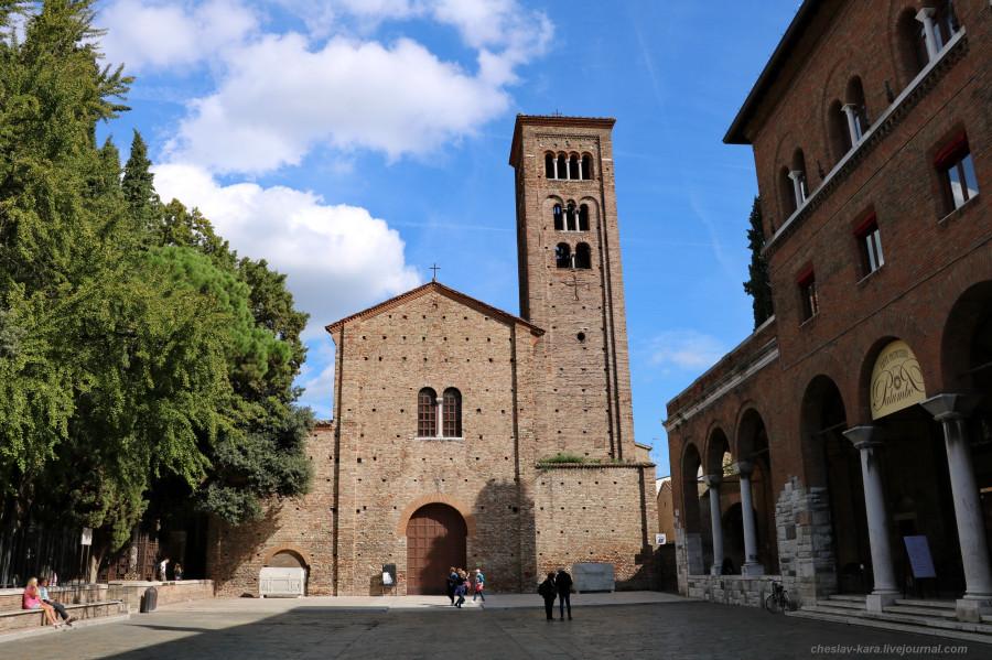52 60 Равенна _2820 Базилика Сан-Франческо.JPG