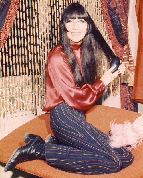 Cher82