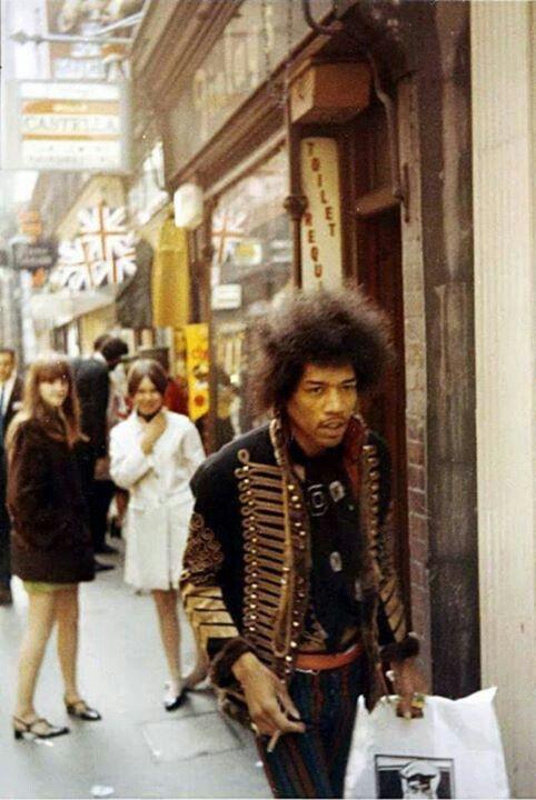Hendrix81
