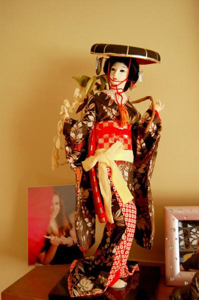 Geisha with hat