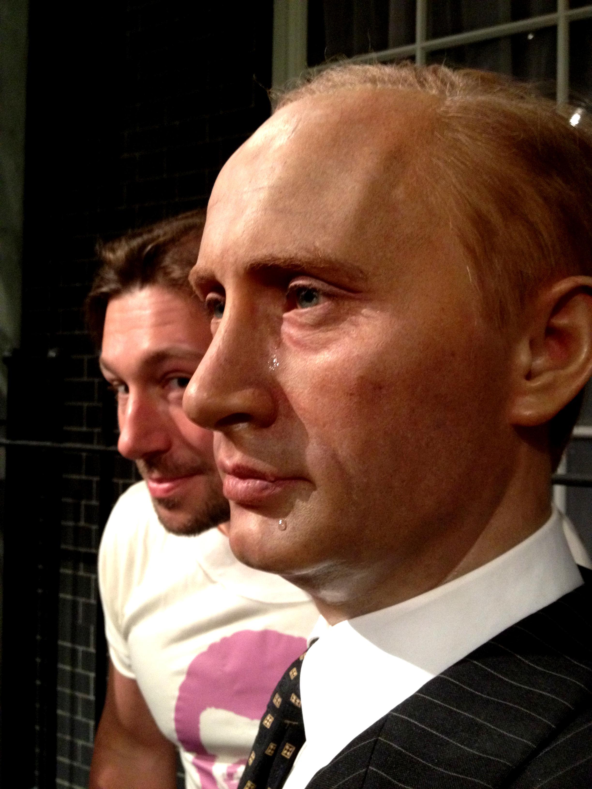 Аватар Путина демонстрирует чудеса мироточения: chich8 - photo#42