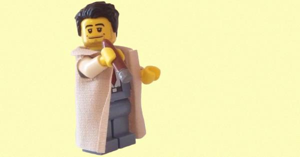 FUxm9-1493912232-1512-blog-columbo_LEGO