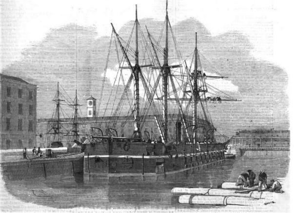 Броненосная плавучая батарея HMS «Glatton», одна из восьми подобных батарей заказанных британским флотом в период Крымской войны.