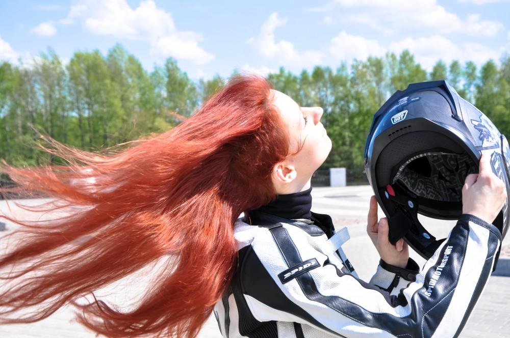 http://ic.pics.livejournal.com/chingerof10g/12513164/16222/16222_1000.jpg
