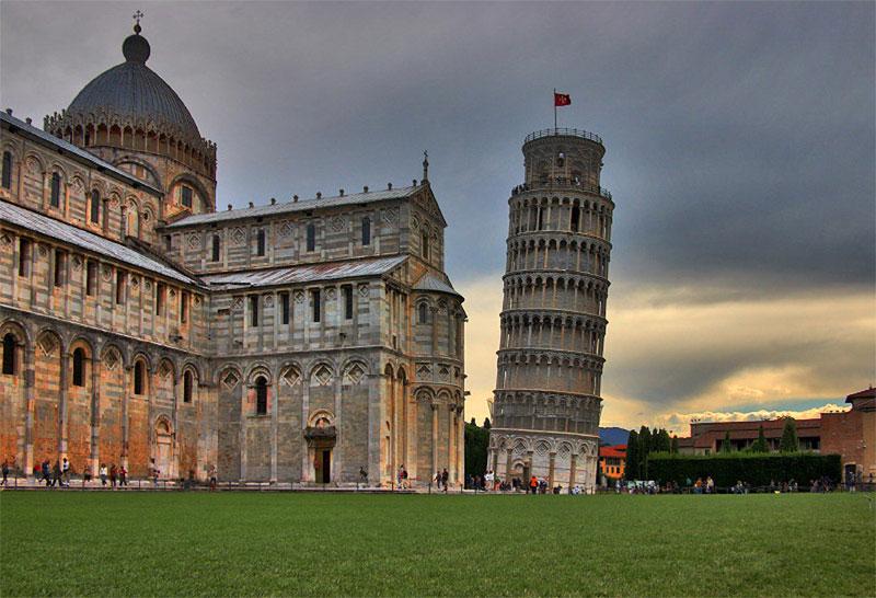 италия.пиза.башня