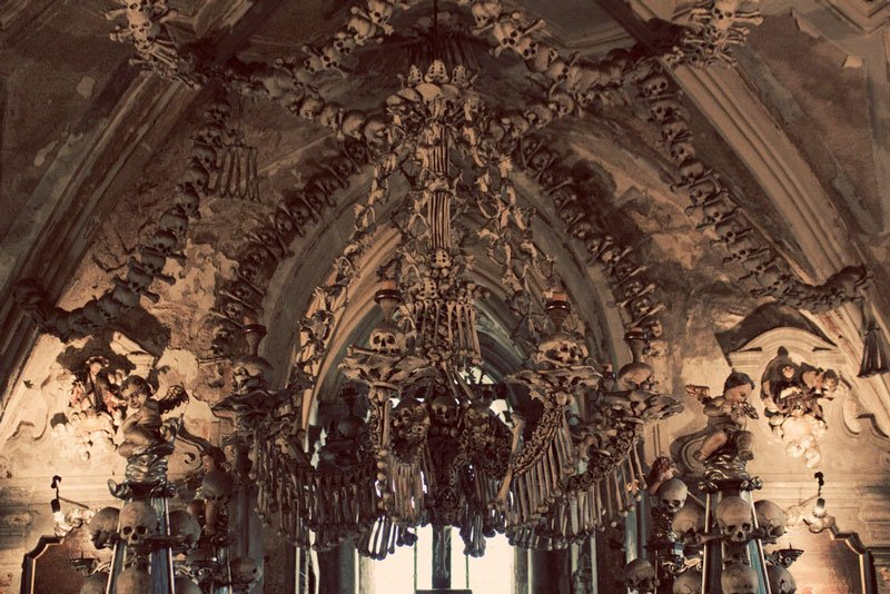 sedlec-ossuary-bone-chuch-czech-republic