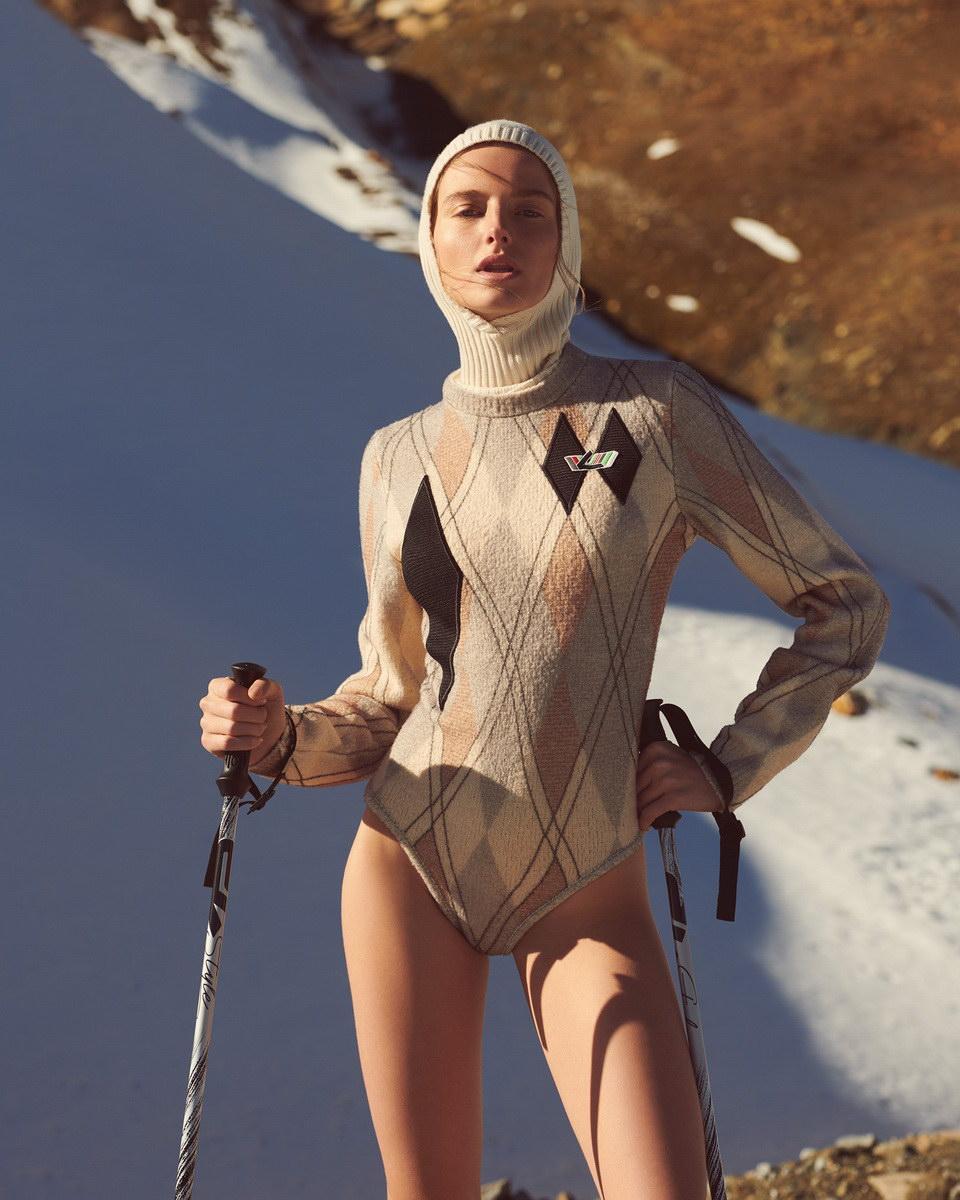 Amanda Norgaard Nude Photos 19
