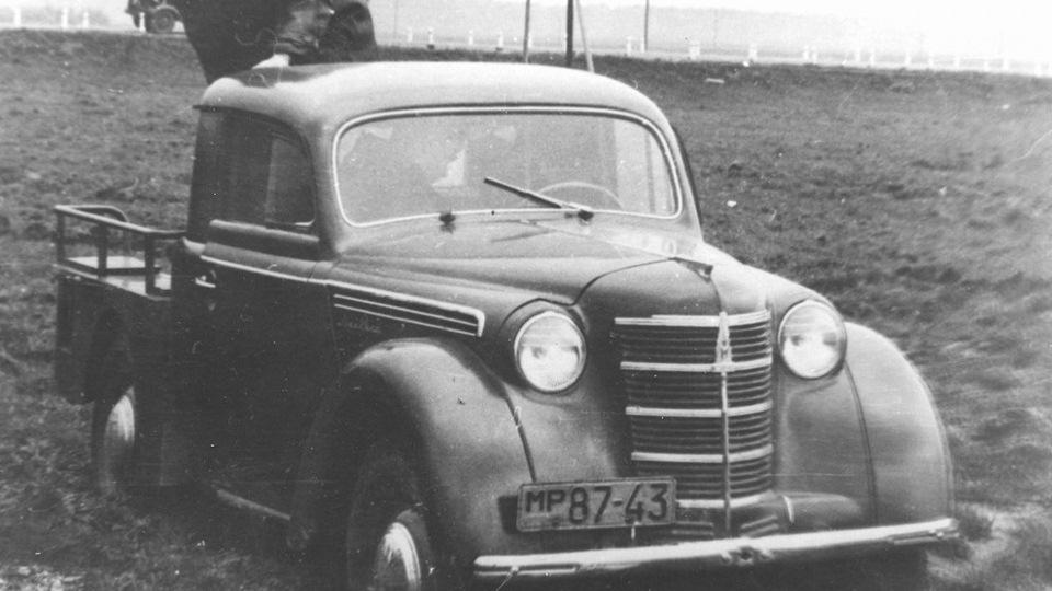 Москвич-400-пикап