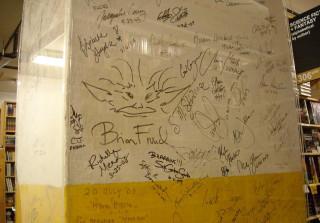The Powell's Gold Room author's signature pillar